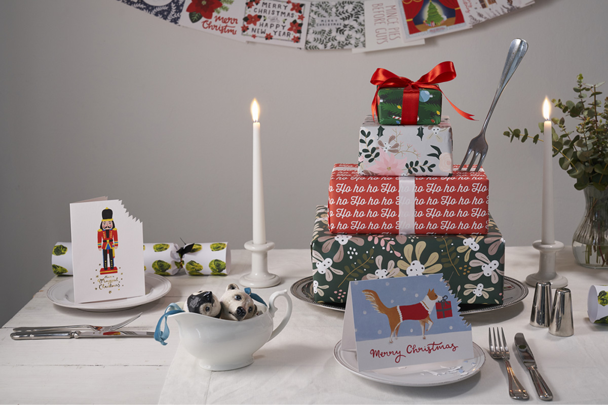 Holiday & Gift Wrap